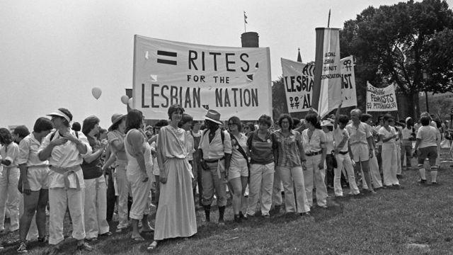 Manifestação de grupo de lésbicas