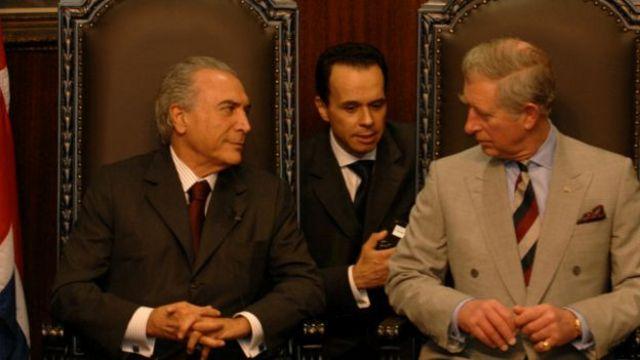Na terceira passagem pela presidência da Câmara dos Deputados, Michel Temer, em foto de 2009 com o príncipe Charles da Inglaterra, foi aliado de primeira mão da gestão do PT no Planalto