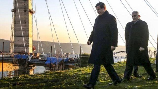 Ahmet Davutoğlu ile Binali Yıldırım