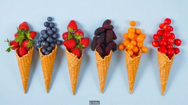 """""""糖""""一词涵盖了多种甜味剂,也包括水果中的天然果糖"""