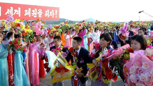 Delegação de 2012 da Coreia do Norte é recebida no país