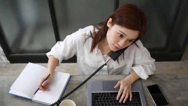 هناك الكثير من الأبحاث التي تُظهر أن محاولة القيام بأشياء عديدة في وقت واحد يمكن أن تؤدي إلى ارتكاب أخطاء