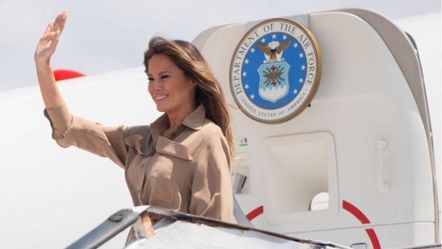 Melania Trump : 'Smoke-filled' plane forced to land