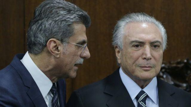 ロメロ・ジュカ氏(左)はミシェル・テメル暫定大統領(右)の側近のひとり(23日)