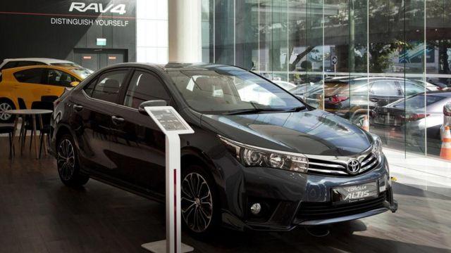Mobil di Singapura