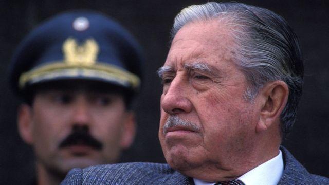 Augusto Pinochet.
