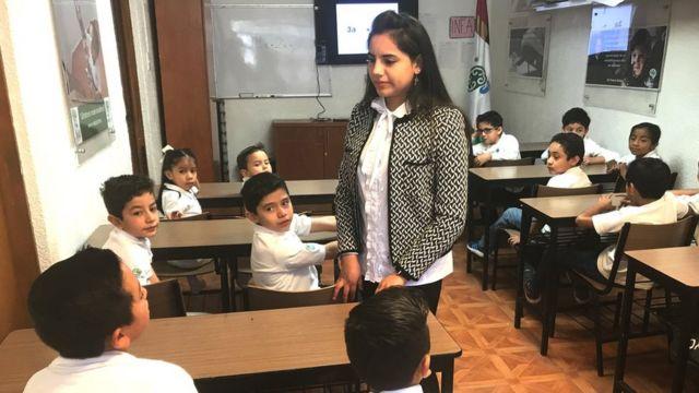Dafne Almazán tem ministrado aulas no Cedat, um centro no México que atende atualmente mais de 300 crianças superdotadas