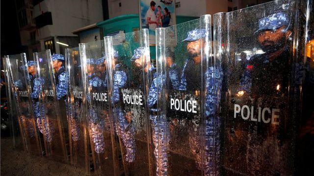 மாலத் தீவில் 'அவசர நிலை': இந்தியர்களுக்கு அறிவுரை