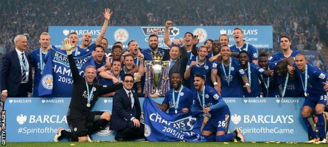 Leicester City celebrate winning the 2015-16 Premier League title