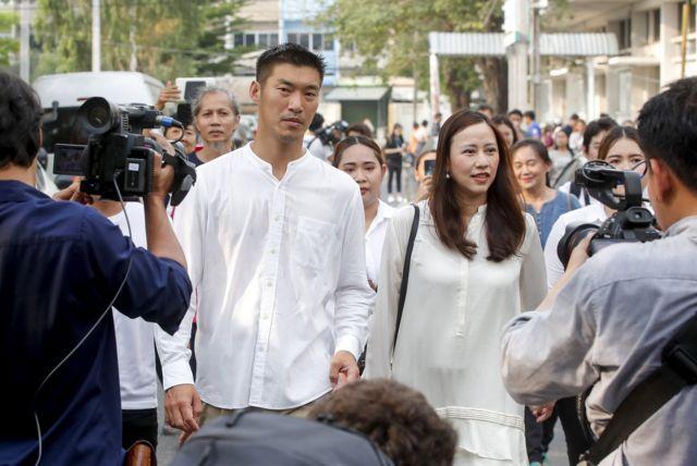 ธนาธร และภรรยาในวันเลือกตั้ง 24 มี.ค. 2562