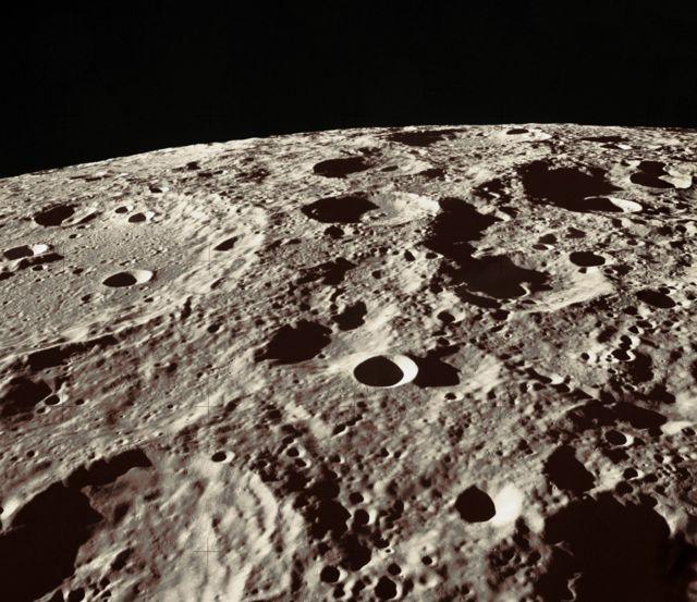 พื้นผิวดวงจันทร์