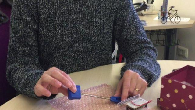 Stoma bag clip