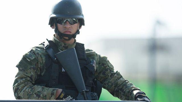 Soldado de la Marina mexicana.