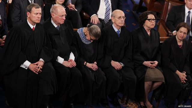 Bader Ginsberg grabs some shut eye during Obama's State of the Union in 2015