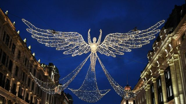 Рождественские украшения в Лондоне