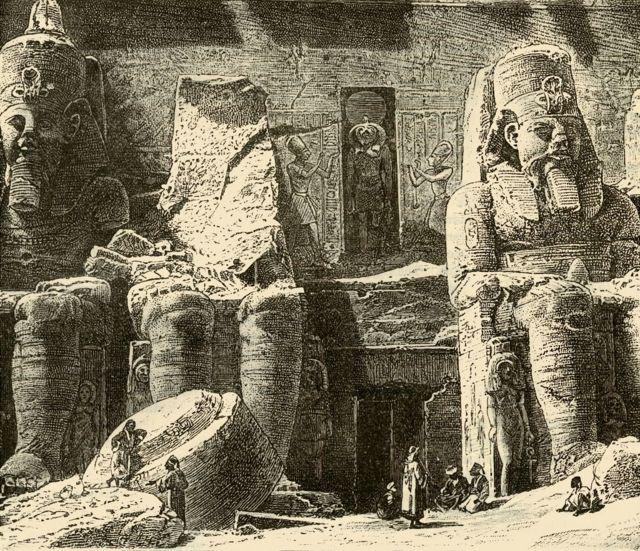 আবুসিম্বেলের প্রস্তর মন্দির খৃষ্টপূর্ব ১৩ শতাব্দীতে খোদাই করা।