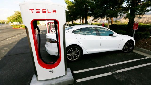 Auto eléctrico de Tesla