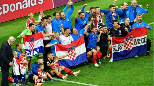 Tuyển Croatia lội ngược dòng chiến thắng ngoạn mục trước đội tuyển Anh