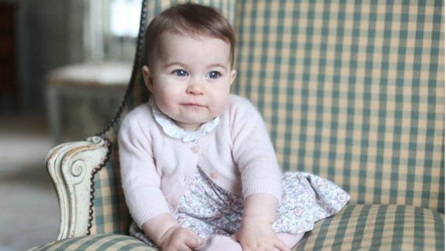 生後6カ月のシャーロット王女
