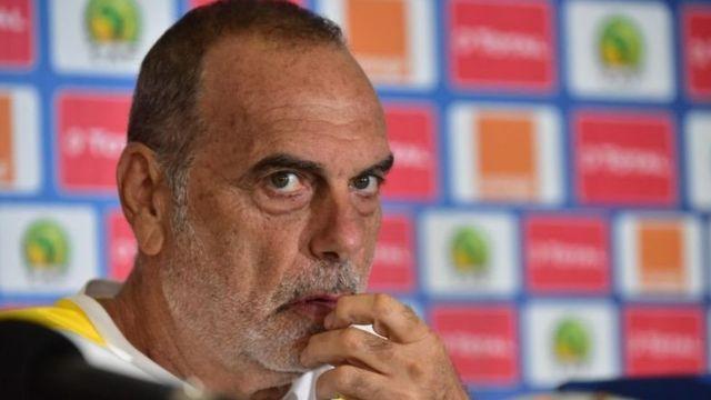 L'ancien entraîneur de Chelsea était à la tête des Black Stars depuis un peu plus de deux ans.