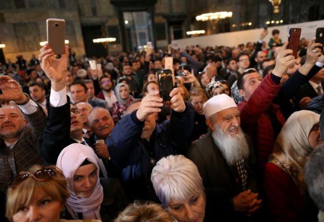 Erdoğan'ın konuşmasındaki dinleyiciler