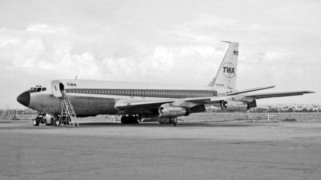 """""""Боинг 707"""", следовавший рейсом TWA85 31 октября 1969 года"""