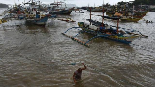 Филиппинские рыбаки