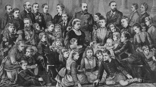 Королева Виктория с семьей