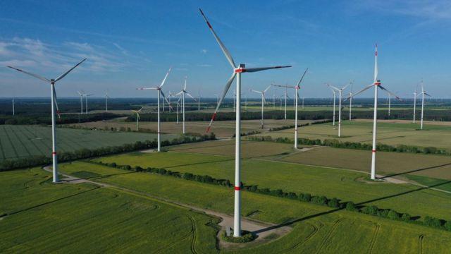 Rüzgar enerjisi, yenilenebilir kaynaklar arasında başı çekiyor.