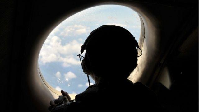 エジプト航空機の捜索に参加した米国のパイロット
