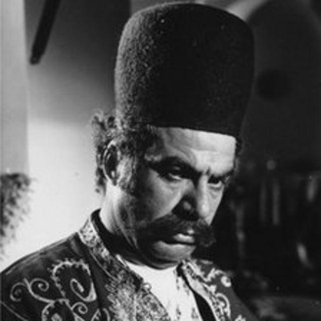 ملک مطیعی در فیلم قلندر (علی حاتمی)