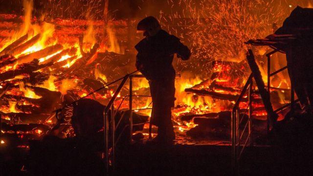 """пожежа в таборі """"Вікторія"""""""