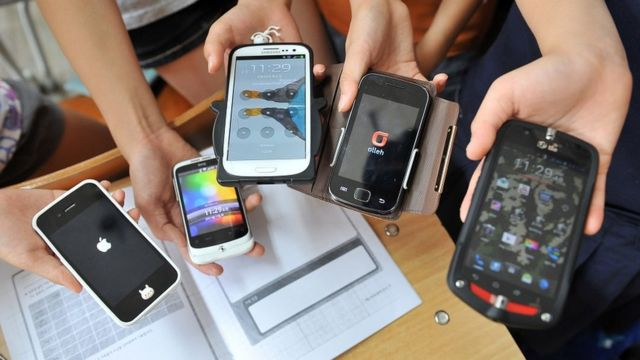 Upotreba telefona u školi