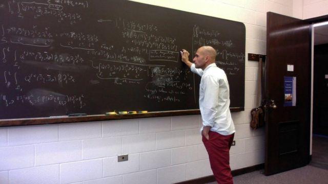 Marcelo Disconzi em estudo