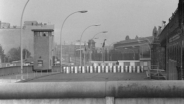 Граница восточного и западного Берлина