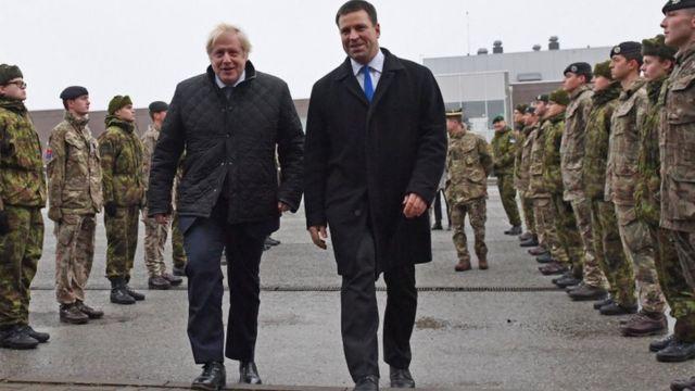 Британський прем'єр Борис Джонсон разом із естонським прем'єром Юрі Ратасом