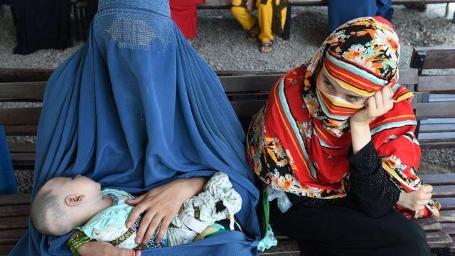 Mujeres afganas en Pakistán