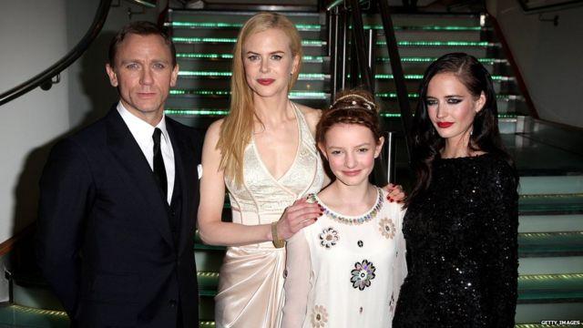 Daniel Craig, Nicole Kidman, Dakota Blue Richards and Eva Green