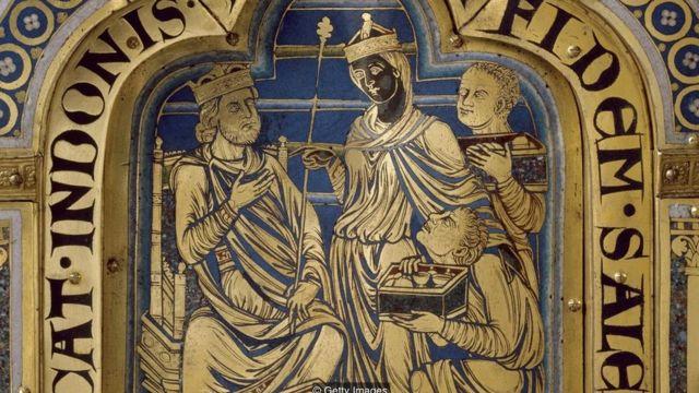 Altar feito no século 12 por Nicolas de Verdun