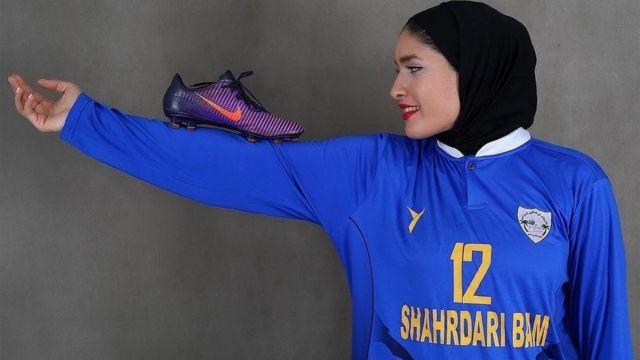 زهرا خواجوی دروازهبان ملیپوش تیم وچان کردستان
