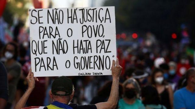 Protesto contra o presidente Jair Bolsonaro no último sábado, em São Paulo