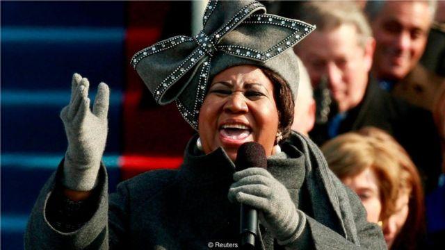 1968年,她在馬丁·路德·金(Martin Luther King)的葬禮上歌唱, 40多年後,她又在美國第一位黑人總統的就職典禮上演唱。