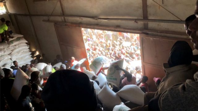 Nigeria, demonstrasi anti-brutalisme polisi