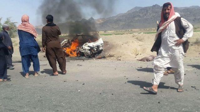 タリバンのマンスール幹部が無人機攻撃で死亡したとみられる現場。21日、パキスタン・バロチスタン州のアフマドワル地区で