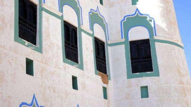 السلطات اليمنية تعاني لتوفير المال اللازم لترميم المباني الأثرية.