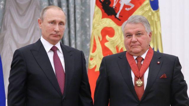 Владимир Путин и Михаил Ковальчук