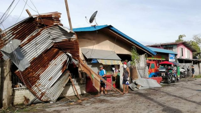 إعصار فانفون