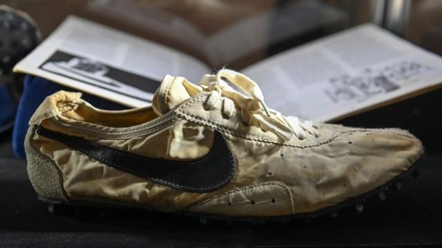 Sneaker auction nets more than $850,000