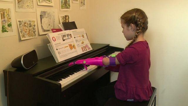 Isabella ao piano