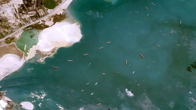 Satellite image showing ships waiting to pass through the Suez canal